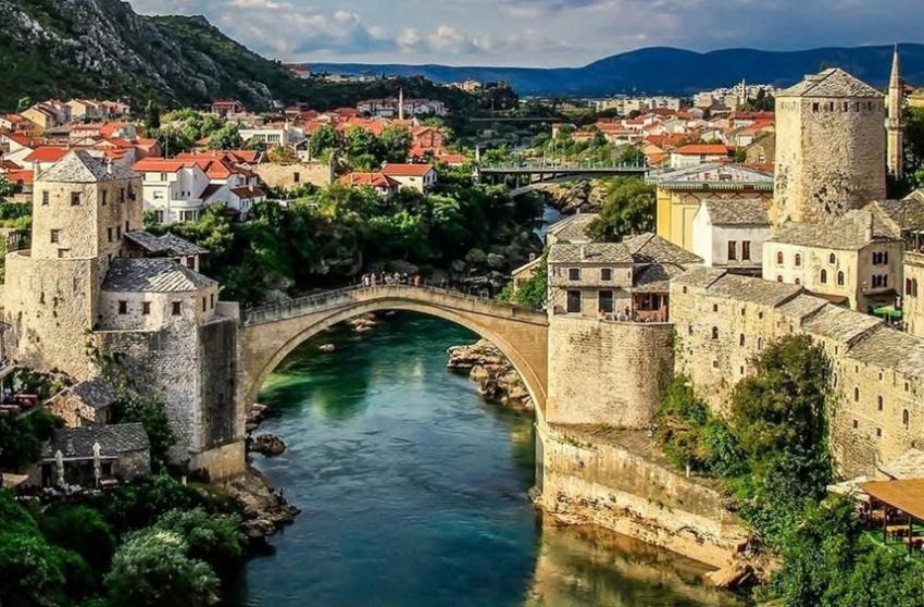 Mostar zene Jednodijelni