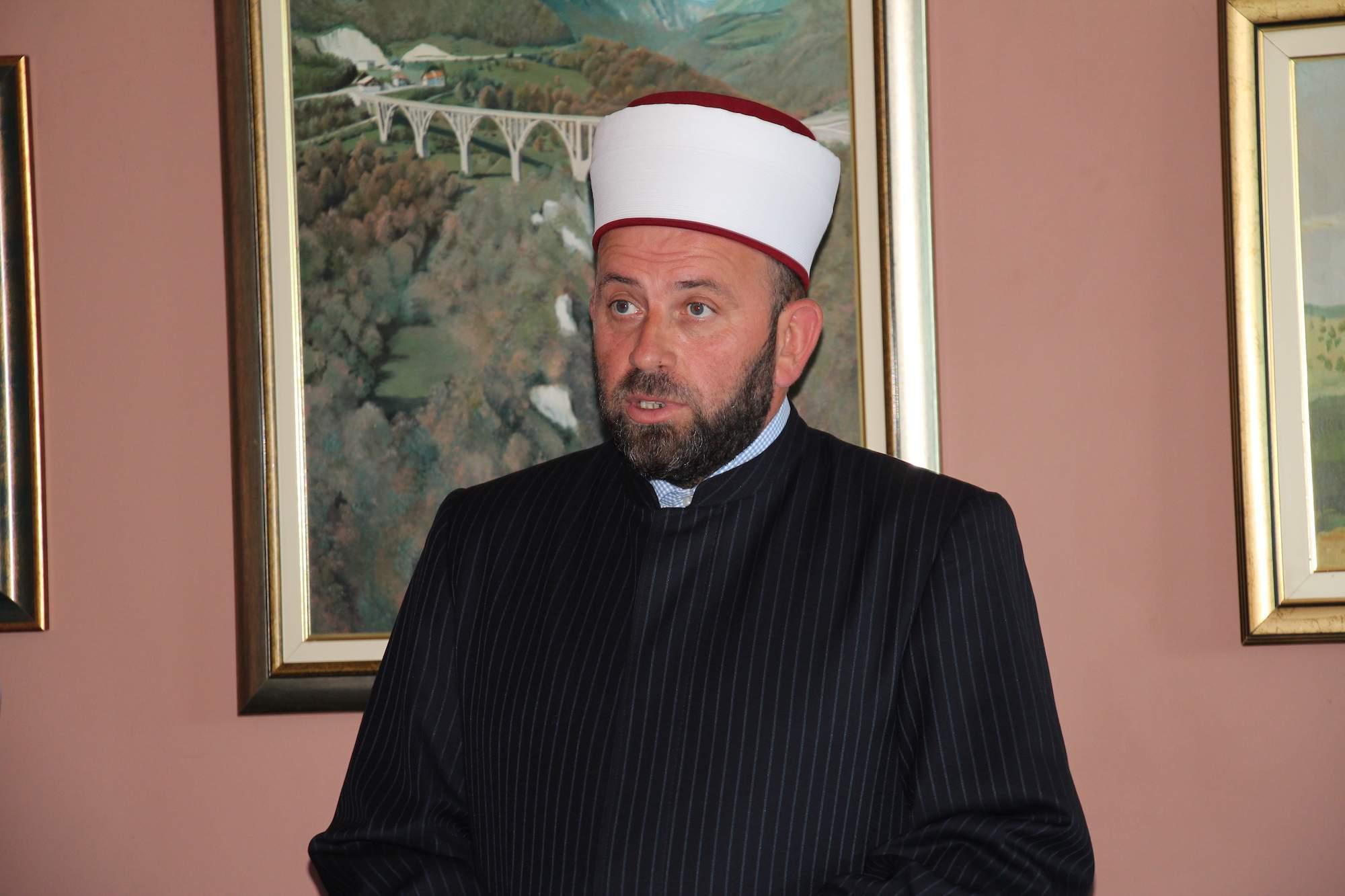 Reis Islamske zajednice u Crnoj Gori Rifat ef. Fejzić - Crnogorski reis povodom skandala u Pljevljima: Moramo znati da li Crna Gora ostaje građanska država