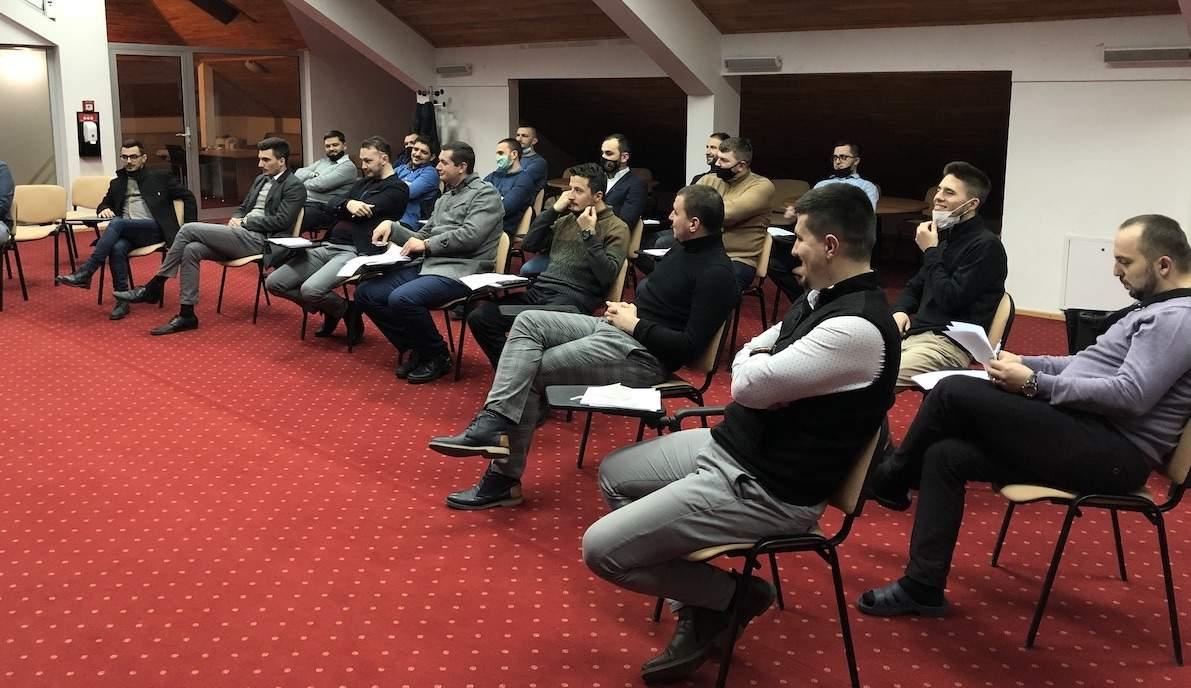 IMG_5722.JPG - Seminar