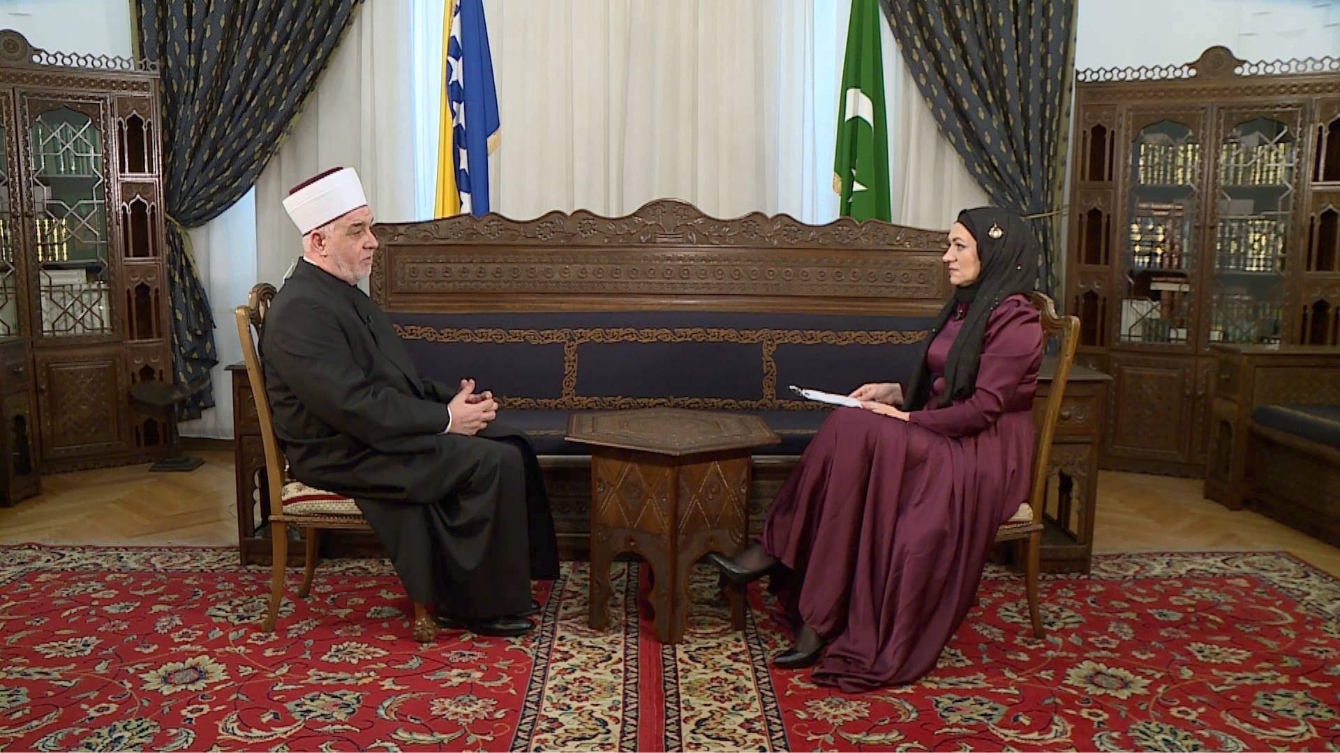 Reisu-l-ulema Husein Kavazović i Emira Musa - Bajramski intervju sa reisu-l-ulemom Huseinom-ef. Kavazovićem za BIR Televiziju