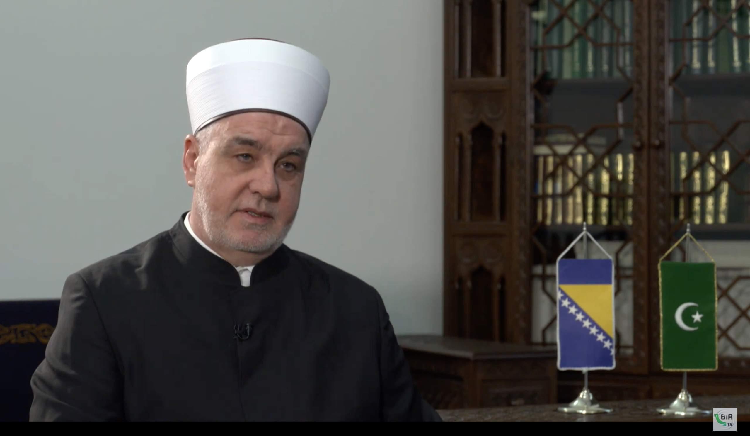 Reisu-l-iulema Husein-ef. Kavazović - Bajramski intervju sa reisu-l-ulemom Huseinom-ef. Kavazovićem za BIR Televiziju