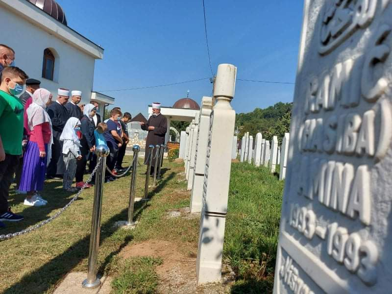 received_125050509785583.jpeg - Reisu-l-ulema u posjeti mektebima Misoča i Vogošća